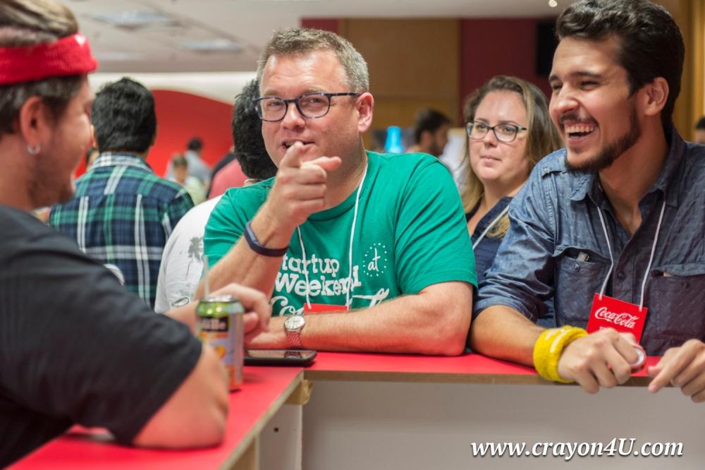 Dave Parker (de verde) veio de Seattle para mentorar novos empreendedores no Rio de Janeiro. Foto: Luca Atalla/C4U